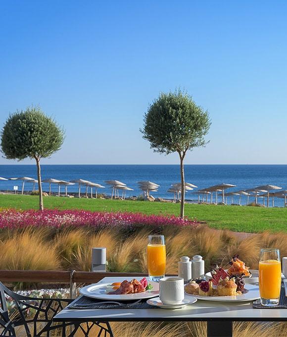 Petit déjeuner à l'hotel Elysium à Faliraki, Pessah 2018 avec le Crystal club, vacances cacher
